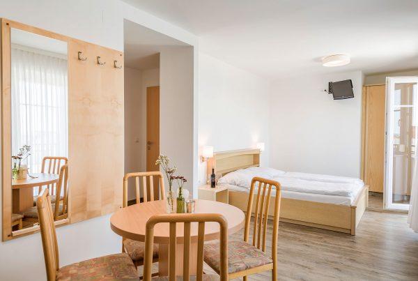 Zimmer 5 – Doppelzimmer (38m²)